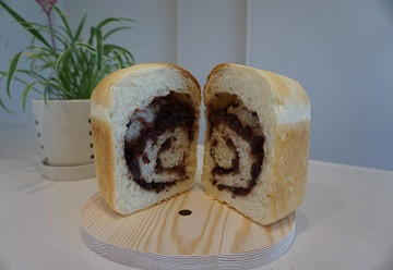 Bean_paste_bread